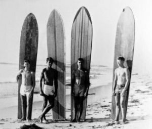 the-evolution-of-the-surfboard-balsa-surfboards