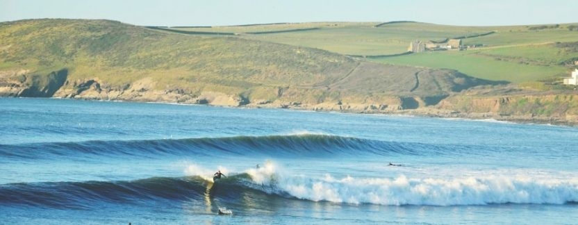 Best-Places-To-Surf-In-North-Devon-Featured-thewaveshack.com-min-