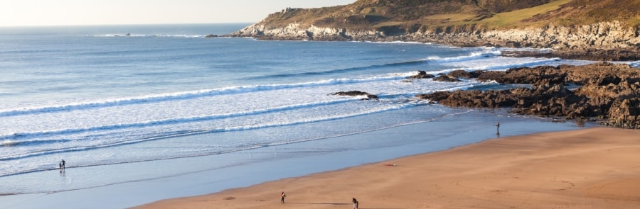 Combesgate-Best-Places-To-Surf-In-North-Devon-thewaveshack.com-min