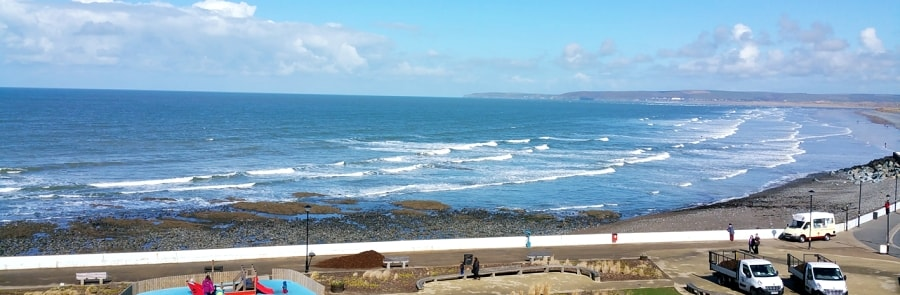 Westward-Ho-Best-Places-To-Surf-In-North-Devon-thewaveshack.com-min