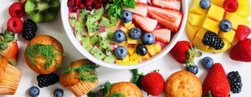best-foods-to-eat-before-and-after-surfing-featured-thewaveshack.com-min